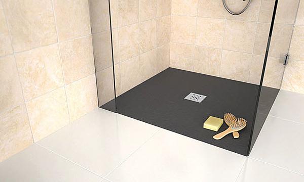 Doccia a pavimento quali sono i costi bagnolandia - Piatto doccia incassato nel pavimento ...