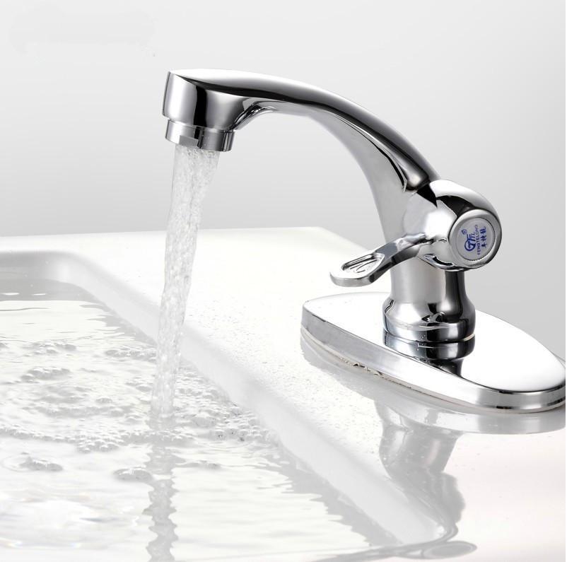 Come sostituire il lavabo del bagno bagnolandia - Cambiare rubinetto bagno ...