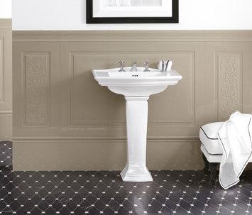 Arredare il bagno in stile vittoriano bagnolandia - Bagno con boiserie ...