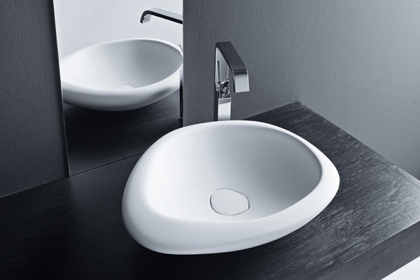 Come scegliere il lavabo del bagno bagnolandia for Lavabo appoggio bagno