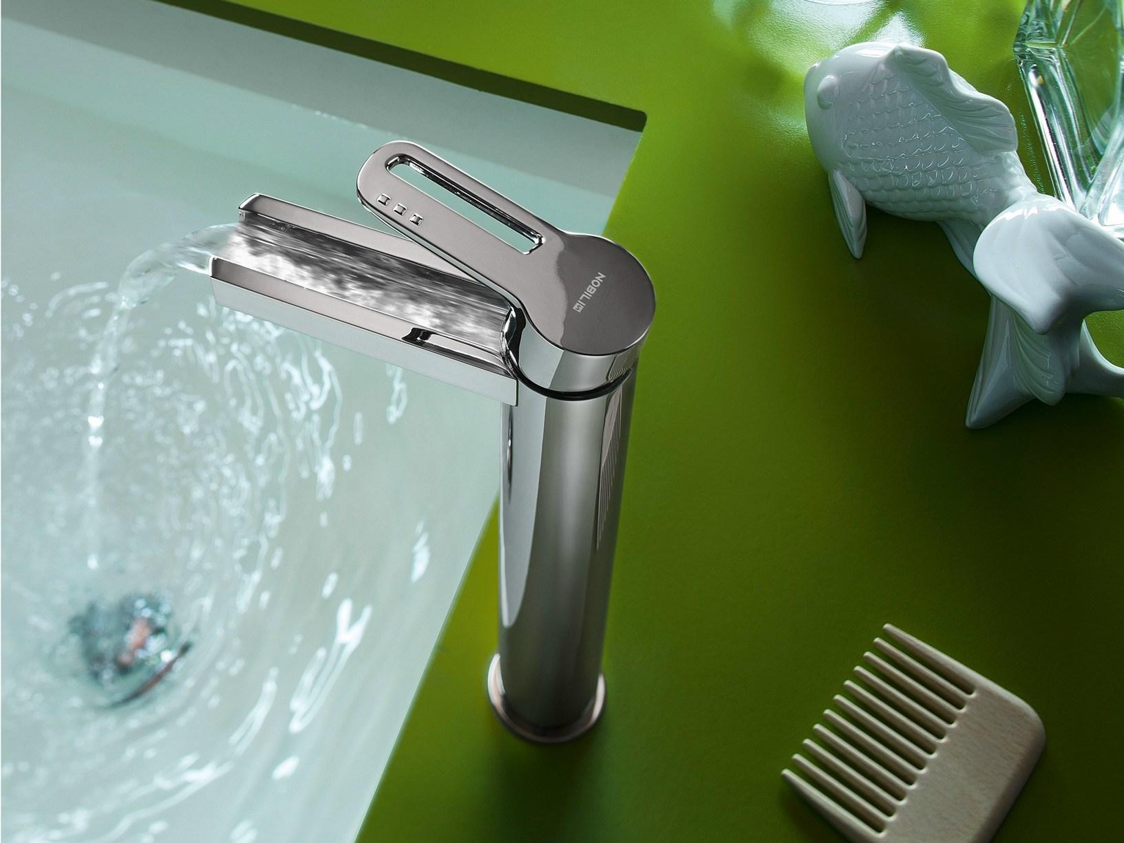 La scelta del rubinetto per il bagno meglio classico o moderno bagnolandia - Rubinetto bagno moderno ...