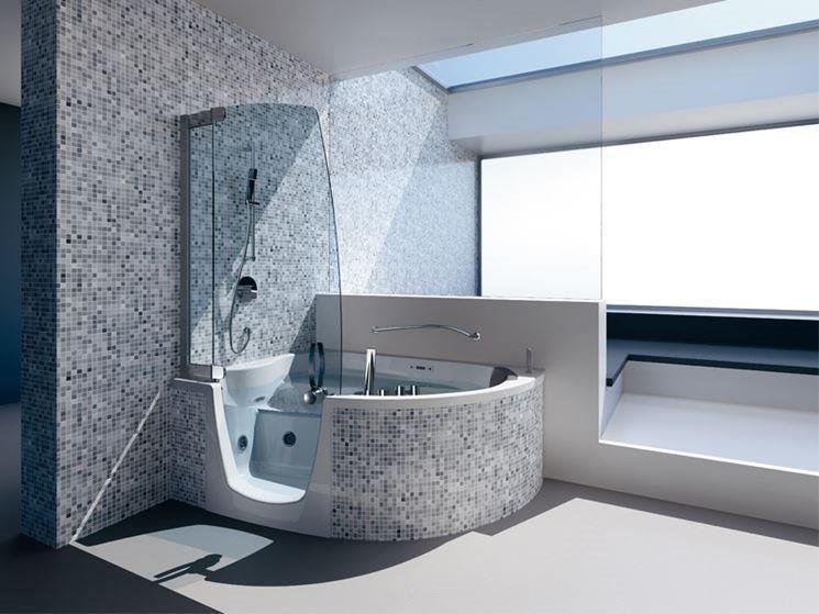 Idee salvaspazio per arredare il tuo bagno bagnolandia - Idee bagno con doccia ...