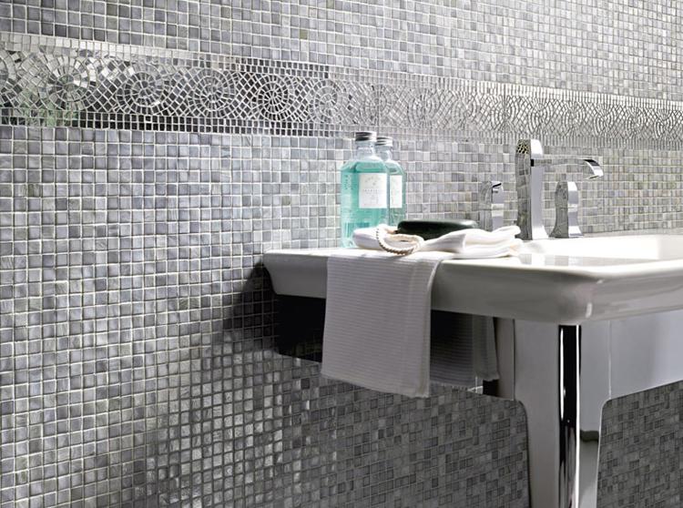 Rivestimento del bagno in mosaico bagnolandia - Mosaico grigio bagno ...