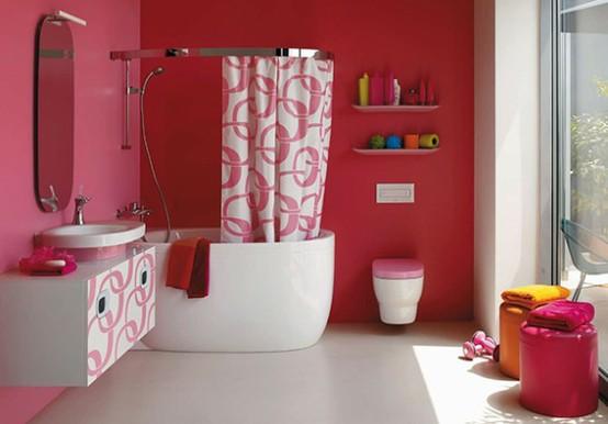 Bagno colorato di rosso e rosa