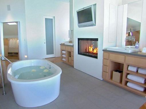 Bagno con caminetto