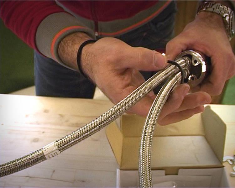 Come bloccare l'asta della rubinetteria per bidet