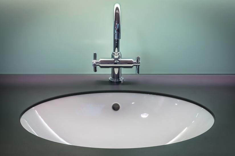 Come scegliere il lavandino per un bagno piccolo
